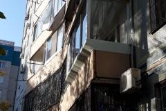 osteklenie-balkona-2-3
