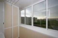 razdvizhnoe-osteklenie-balkonov3